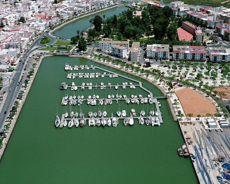 visithuelva puerto deportivo ayamonte
