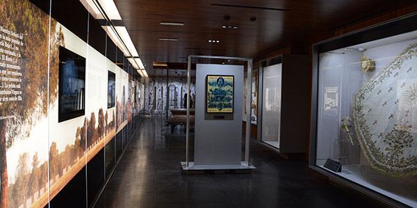 visithuelva museo histórico religioso el rocio